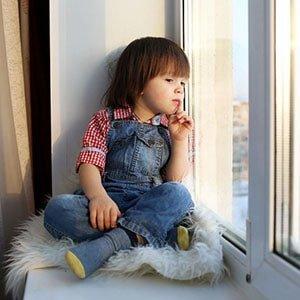 Окна ПВХ, безопасные для детей