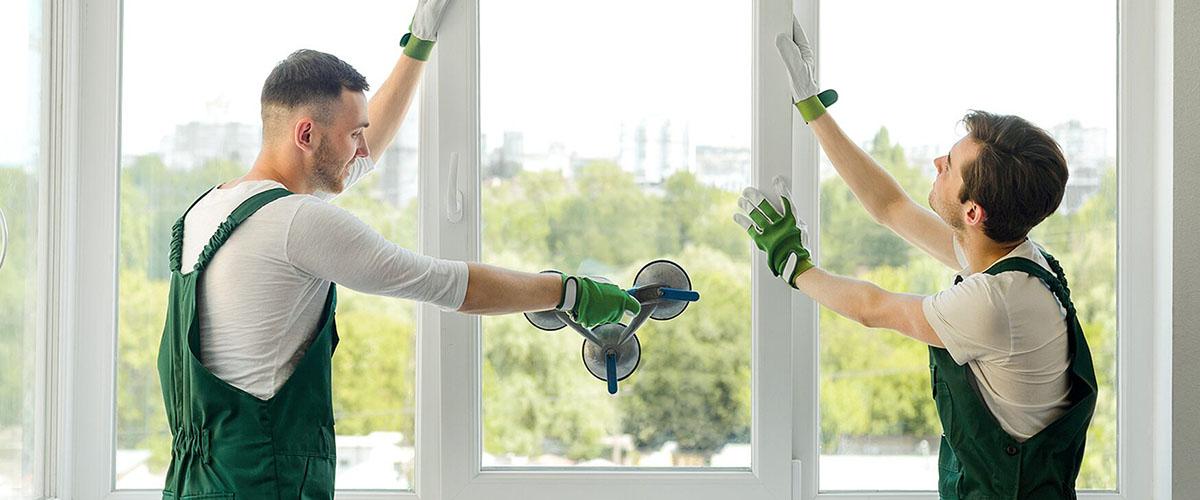 Плюсы и минусы замены окна в летний период.
